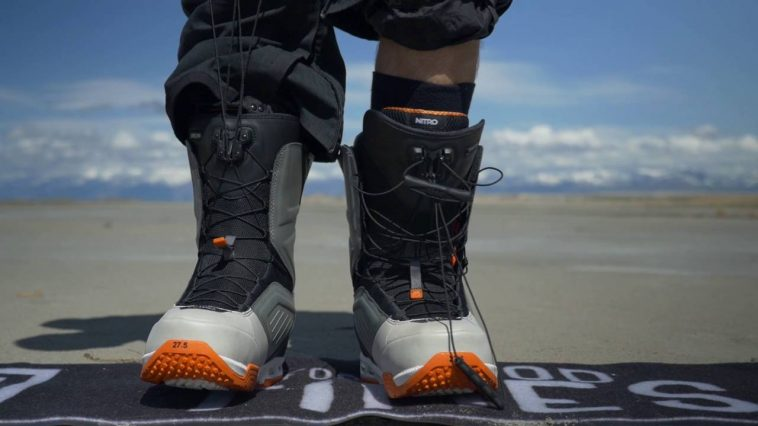 4 Essential Snowboard Boots Buying Guide For Beginners