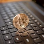 What are the excellent benefits of adopting the use of bitcoins