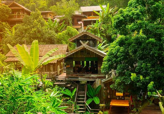 The 9 amazing benefits of staying at Homestay