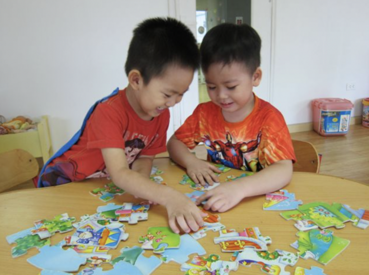 The Benefits of Jigsaw Puzzles to Your Child's Early Development