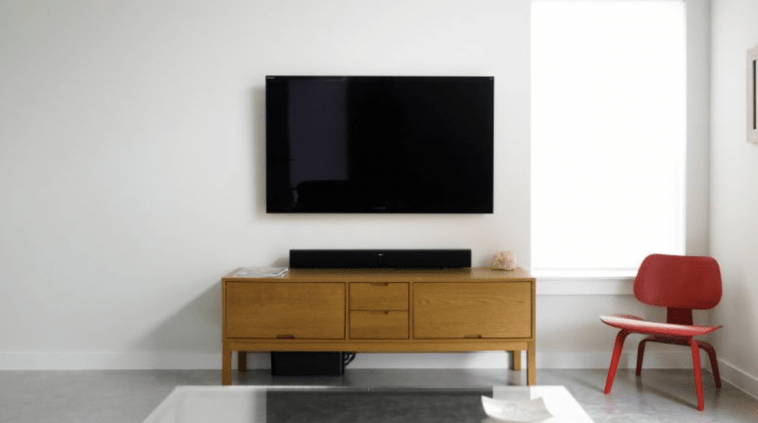 Which TV Wall Mount to Choose: Small Tips