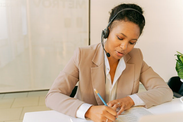 What Businesses Benefit the Most from a Virtual Phone System