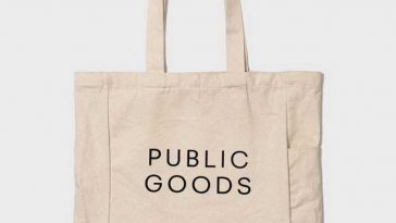 Pick customizable bags with colours print online